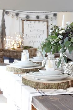 This elegant table setting looks very Australian - floral arrangement of eucalyptus leaves & greenery. Colour scheme and table decor perfect for the hot Australian Christmas Day. Aussie Christmas, All Things Christmas, Christmas Home, Australian Christmas Tree, White Christmas, Christmas Table Settings, Christmas Tablescapes, Holiday Tablescape, Christmas In Australia