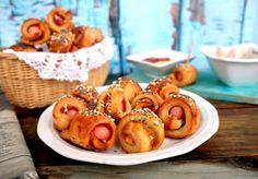 Itt a legújabb diétás csúcsnasi: Szuper virslis falatka Naan, Pretzel Bites, Minion, Rum, Sausage, Bread, Food, Sausages, Brot