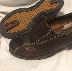 f34561206f0 Born Shoes Womens Size 7.5 Brown Leather Slip On Casual Flats Comfort  Excellent  fashion