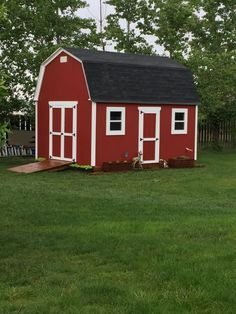 This really nice shed was built by Paul who used my 12x16 barn shed plans.  He added a side entry door along with 2 windows.  Awesome job Paul!