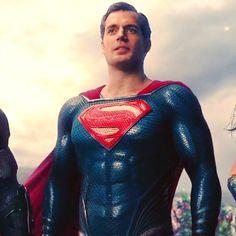 Superman by Nomada-Warrior on DeviantArt Superman Suit, Superman Henry Cavill, Superman Artwork, Superman Wallpaper, Superman Movies, Superman Family, Superman Man Of Steel, Dc Movies, Comic Movies