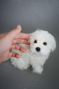 Life Size Needle Felted Puppy Maltese Dog von JanetsNeedleFelting