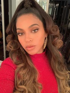 Beyonce recent look Credit : Beyonce 2013, Beyonce Knowles Carter, Beyonce And Jay Z, Beyonce Beyonce, Rihanna, Sarah Angius, Naomi Campbell, Britney Spears, Kylie Jenner