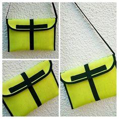Tasche aus Feuerwehrschlauch gelb/schwarz von Little-Fashion auf DaWanda.com