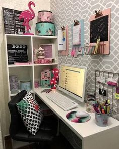 Meu canto preferido: 6 home offices cheios de personalidade Study Room Decor, Diy Room Decor, Bedroom Decor, Decor Crafts, Bedroom Ideas, Wall Decor, Diy Crafts, Home Office Design, Home Office Decor