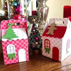 D Kirby Stamps: Charming Cottage Box Spellbinders Christmas Paper Crafts, Stampin Up Christmas, 12 Days Of Christmas, Christmas Wrapping, Christmas Colors, Christmas Projects, Treat Holder, Treat Box, How To Make Box