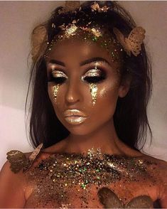 Gold Fairy Makeup Idea ★ For beautiful and unique fantasy makeup ideas, browse our gallery. We selected the most creative makeup looks of gorgeous goddesses, a dark dragon, a mermaid from a fairy tale, an elf with a pot of gold and many more. Festival Makeup Glitter, Glitter Makeup, Makeup Eyeshadow, Nyx Lipstick, Lipstick Colors, Violet Pastel, Goddess Makeup, Make Up Gold, Carnival Makeup