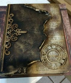 1 million+ Stunning Free Images to Use Anywhere Mixed Media Boxes, Mixed Media Canvas, Decoupage Box, Decoupage Vintage, Handmade Journals, Handmade Books, Handmade Diary, Altered Books, Altered Art
