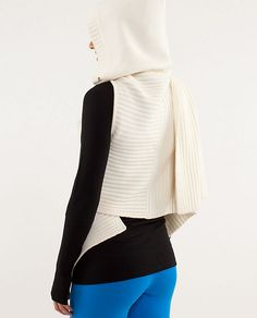 Lululemon Apres Sickie - essentially a scarf with armholes and a hood.