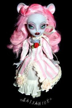 monster high custom doll repaint ooak artist MH by Saijanide
