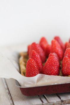 strawberry tart with pistachiO cream