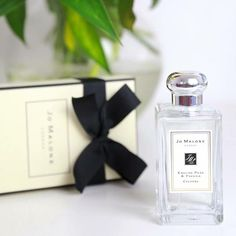 Have you seen this weekends reviewing on my favourite fragrance from @jomalonelondon?! If not see more @ krystelcouture.com as this is perfect for spring & summer with delicate hints of English pear & white freesias 🌸🌸 @liketoknow.it http://liketk.it/2or4v #liketkit