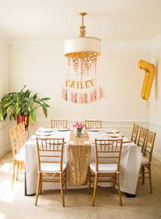 Gold glitter birthday table