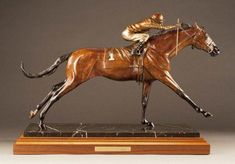 ~The Sporting Art Auction ~Keenland and Cross Gate Gallery! Card Factory, Equestrian Decor, Wood Carving Art, Majestic Animals, Horse Sculpture, Vintage Football, Equine Art, Fantastic Art, Football Cards
