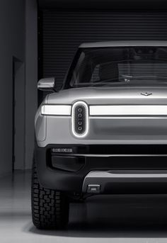 Industrial Design Trends and Inspiration - leManoosh Le Manoosh, Super Pictures, Electric Truck, Car Head, Upcoming Cars, Ex Machina, Futuristic Cars, Automotive Design, Automotive Detailing