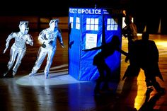 """DOCTOR WHO ON ICE! I DON""""T KNOW WHERE TO PIN THIS!"""