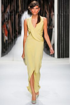 We loved the SS2013 colection from Jenny Packham.     All the models looked perfect. From their hair to thier Christian Louboutin shoes. They stunned the runway!     She designed dresses using classic summer colors such as yellow and oragne, as well as gold and white.     Cant wait to see which celebrities are found in a dress by Jenny Packham this spring.