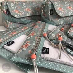 Sewing Kit Pouch Zippers 41 New Ideas Fall Sewing, Sewing Kit, Sewing Room Storage, Sewing To Sell, Pouch Pattern, Sewing Pillows, Patch Quilt, Sewing Projects For Beginners, Sewing Patterns Free