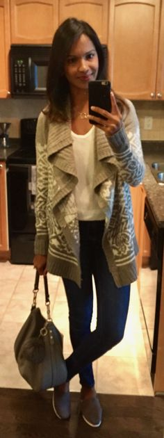 it's blurry and dull but i love this casual weekend outfit! #toms #abercrombie #katespade