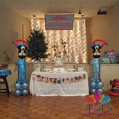 Jolly Penguin 1st Birthday Balloon Columns for Winter ONEderland theme birthday, #partywithballoons