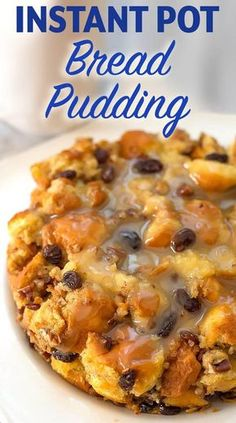 Instant Pot Bread Pudding is a rich and creamy Holiday dessert. Make this bread pudding in your electric pressure cooker! Best Instant Pot Recipe, Instant Pot Dinner Recipes, Recipes Dinner, Pudding Recipes, Dessert Recipes, Paleo Dessert, Dessert Bread, Pressure Cooker Desserts, Pressure Cooking