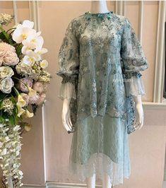 Dress Muslim Modern, Muslimah Wedding, Kebaya Dress, Kebaya Muslim, Sewing Blouses, Brokat, Bridesmaid Dresses, Wedding Dresses, Fashion History