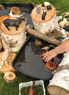 outdoor play link up – water play with an animal twist – natural playground ideas Outdoor Learning Spaces, Outdoor Play Areas, Outdoor Fun, Outdoor Games, Outdoor Baby, Infant Activities, Outdoor Activities, Activities For Kids, Reggio Emilia