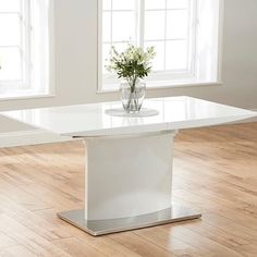 5 Steps to A Luxurious #Dining_Area #high_gloss_extending_dining_table