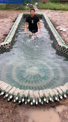 Pool Landscape Design, Garden Design, Swimming Pool Designs, Swimming Pools, Best Hacks, Swimming Pool Construction, Cool Inventions, Diy Home Crafts, Cool Pools