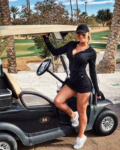 "Tayler Nicole on Instagram: ""Who's your caddy? ⛳️🤓 #parmates #platinumtees #golfbabes"" Girls Golf, Ladies Golf, Women Golf, Blond, Lpga Golf, Fit Women, Sexy Women, Sexy Golf, Girls In Mini Skirts"