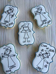 Graduation cookies by Dyan No Bake Sugar Cookies, Sugar Cookie Icing, Cookie Frosting, Iced Cookies, Royal Icing Cookies, Crazy Cookies, Cut Out Cookies, Cute Cookies, Cupcake Cookies