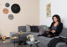 City Chic with Flexa Delicate Berry on the wall #flexa #zuiver #interior #homeinterior #homedeco #zuivercollection #furniture #interior4all