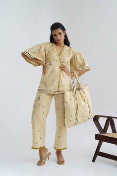 #handembroidered #threadrwork #handmade #dress #fashion #indiandesignerwear #womenswear #style #madeinindia #clothingbrand #designerwear #dresses #onlineshopping #onlinestore #ootd #dressing #trending #summervibes #ethnic #festivalshopping #indianattiers #summerwear #indianoutfits #loveforshopping #indiandesignerdresses #womensfashion #fashionista #croptops #khadi #handloom #spring #summer #co-ordset #topset #top Khadi, Online Shopping, Honey Drops, Lehenga, Saree, Dress Sites, Dressing, Ootd, Crop Tops