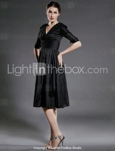 A-line V-neck Knee-length Taffeta Bridesmaid/ Mother of the Bride Dress - USD $ 99.99