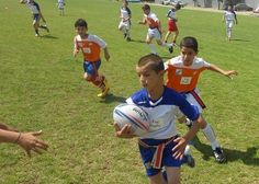 تهران میزبان تگ راگبی پسران  http://1varzesh.com/rugby/iran/112195  @1Varzesh  در تهران برگزار خواهد شد     انجمن راگبی اعلام کرد مسابقات تگ راگبی پسران زیر 16 سال در تاریخ 30 و 31 تیرماه در تهران برگزار میگردد. لذا کلیه تیمهای شرکتکننده میبایست تا تاریخ 5/4/95 آمادگی خود را از طریق ایمیل به انجمن راگبی اعلام نمایند. Iran_ragby_fed@yahoo.com    همچنین تیمهایی که در این مسابقات شرکت نکنند حق شرکت در مسابقات لیگها را نداشته. شرایط مسابقات:   1- متولدین 1/1/1379 به بالا حق..