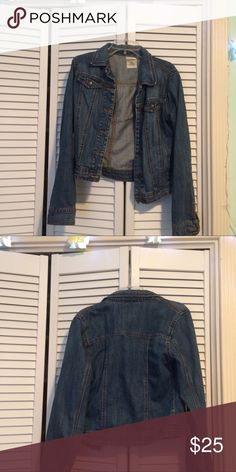 Jean Jacket Old Navy jean jacket in a dark blue wash. Kids extra large but fits adult extra small. Feel free to make an offer :) Old Navy Jackets & Coats Jean Jackets