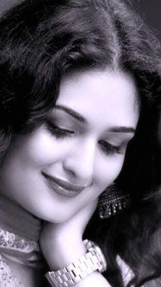 Cute Girl Pic, Cute Girls, Prayaga Martin, Malayalam Actress, Beautiful Girl Image, Indian Beauty, Blouse Designs, Actresses, Faces