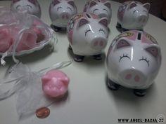 """Sparen mit engelhaftem Begleiter  Dieses süßen """"Spardose-Schweinis"""" mit Schutzengel Motov gibt's im ANGEL BAZAR für magere 4,44 € +++ die """"Schweini- Goodie"""" gibts zum NEUJAHR gratis dazu (*o*)  www.angel-bazar.com/item.php?id=31192"""