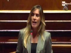 Maria Elena Boschi in Aula al Senato contestata con alcuni boati da parte dei senatori M5S