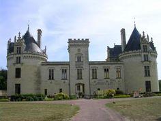Chateau de breze au sud du saumur Guide touristique du maine et loire Pays de la Loire