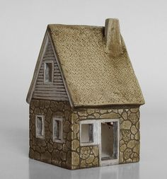 Porcelain Houses (x-posted from Clay) - WetCanvas http://www.wetcanvas.com/forums/showthread.php?t=960636