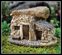 Mini Troll's House with Stone Roof