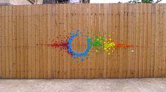 Mademoiselle Maurice, sus mensajes de paz en instalaciones urbanas de origami. http://www.hiperlumen.com.mx/blogpapel/?p=948