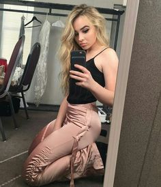 82 Best Sabrina Carpenter Images Sabrina Carpenter Celebrities