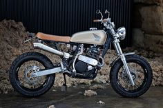 ϟ Hell Kustom ϟ: Honda XR600 By 66 Motorcycles