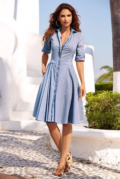 This must-have pinstripe shirtdress is sure to be a favorite with its figure-flattering silhouette designed with a hidden placket that reveals an exposed front zip and a bande Fall Dresses, Simple Dresses, Casual Dresses, Modest Fashion, Fashion Outfits, Front Knot Dress, Linen Shirt Dress, Spring Outfits Women, Western Dresses