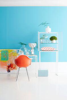 light blue and orange, styling Anna-Kaisa Melvas, photo Anna Huovinen / Glorian Koti Light Blue, Anna, Black And White, Orange, Chair, Furniture, Home Decor, Style, Life