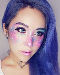 21 Galaxy Makeup Looks – Creative Makeup Ideas for Extraordinary Girls ★ See m - Make-up-Kunst - Maquillaje Freckles Makeup, Hair Makeup, Eye Makeup, Makeup Tips, Face Makeup Art, Smudged Makeup, Contouring Makeup, Mini Makeup, Witch Makeup