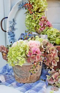 VIBEKE DESIGN: Creative with nature's colors and shapes!