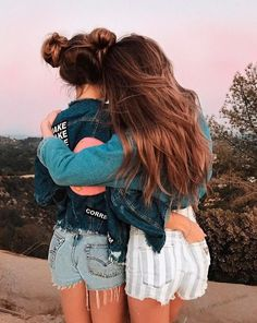 15 selfies for those days when you and your best friends bring the whole shot – girl photoshoot poses Best Friend Photos, Best Friend Goals, Friend Pics, Best Friend Pictures Tumblr, Cute Tumblr Pictures, Tumblr Ideas, Tumblr Picture Ideas, Cute Bestfriend Pictures, Shotting Photo